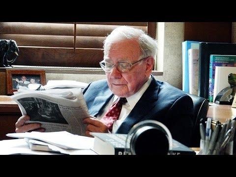 Warren Buffett en su despacho.