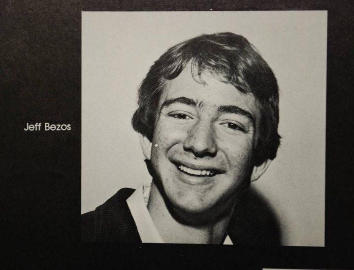 Fotografía de Jeff Bezos anuario.