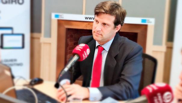Luis Martín de Hoyos durante una entrevista en una radio